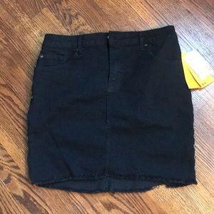 NWT H&M Black Denim Skirt